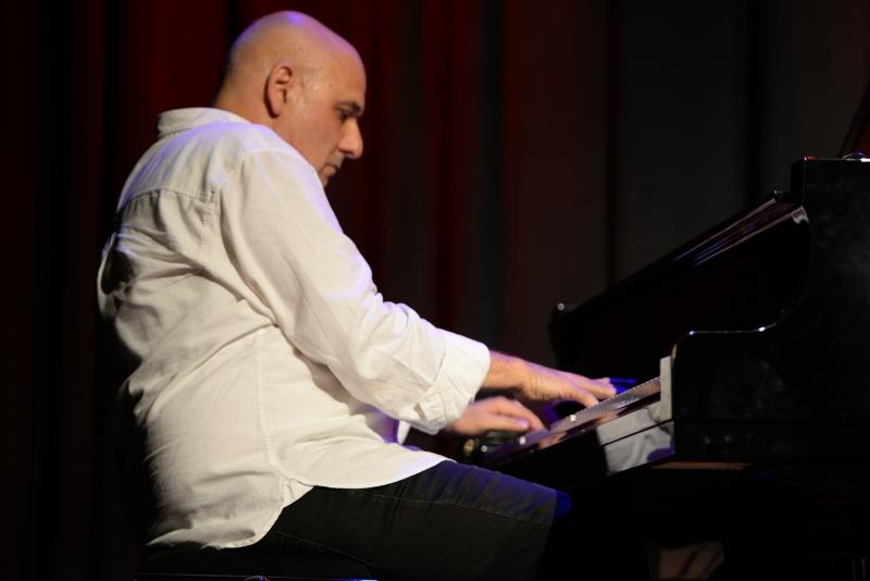 Arik Strauss